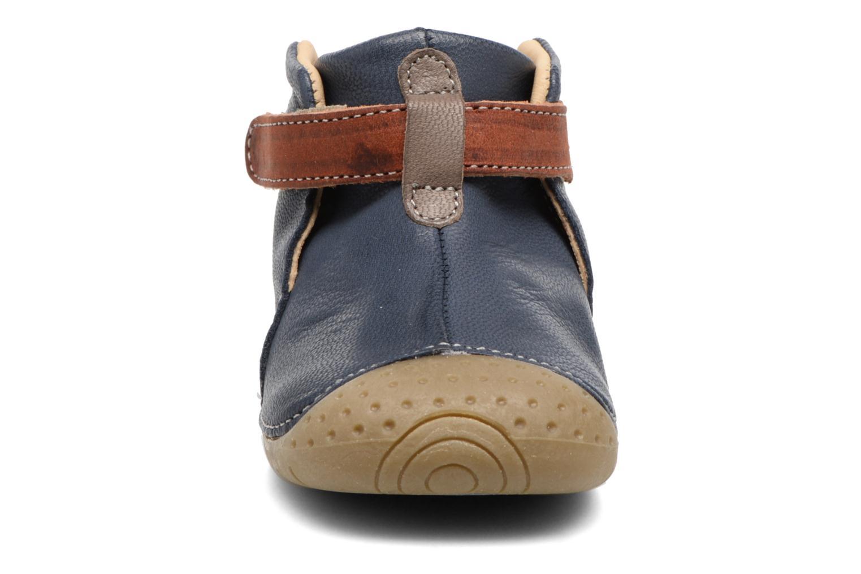 Scarpe con gli strappi Babybotte ZAK Azzurro modello indossato