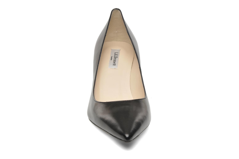 Zapatos de tacón L.K. Bennett Florisa Negro vista del modelo