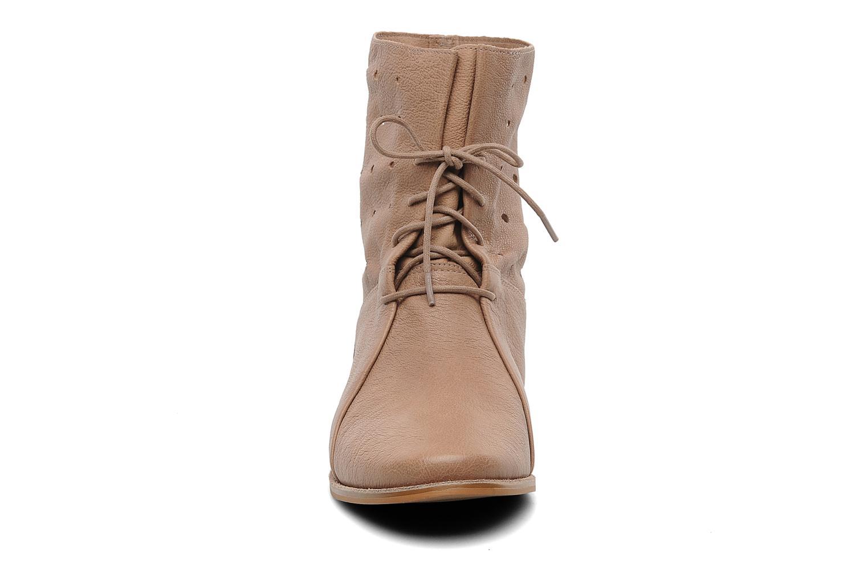 Boots en enkellaarsjes Clarks Maelie Glitter Beige model