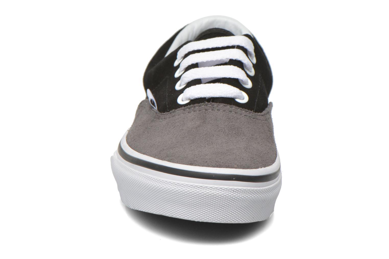 Baskets Vans Era E Noir vue portées chaussures