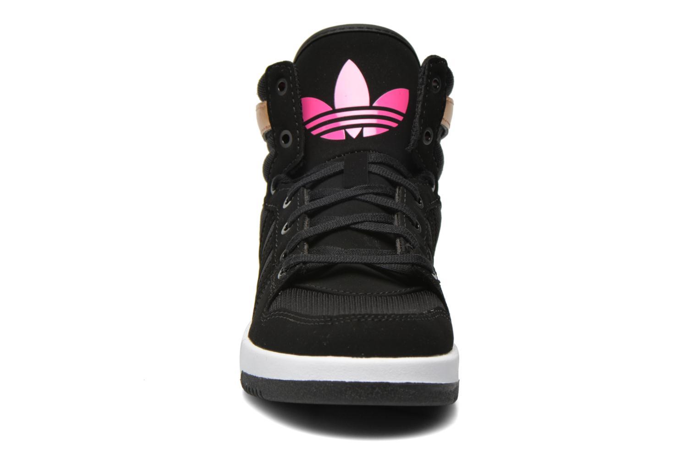 Baskets Adidas Originals COURT ATTITUDE K Multicolore vue portées chaussures