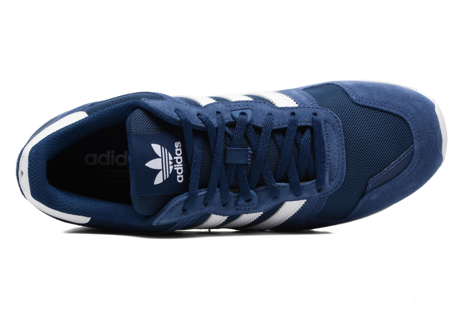 Trainers Adidas Originals Zx 700 Blue view from the left
