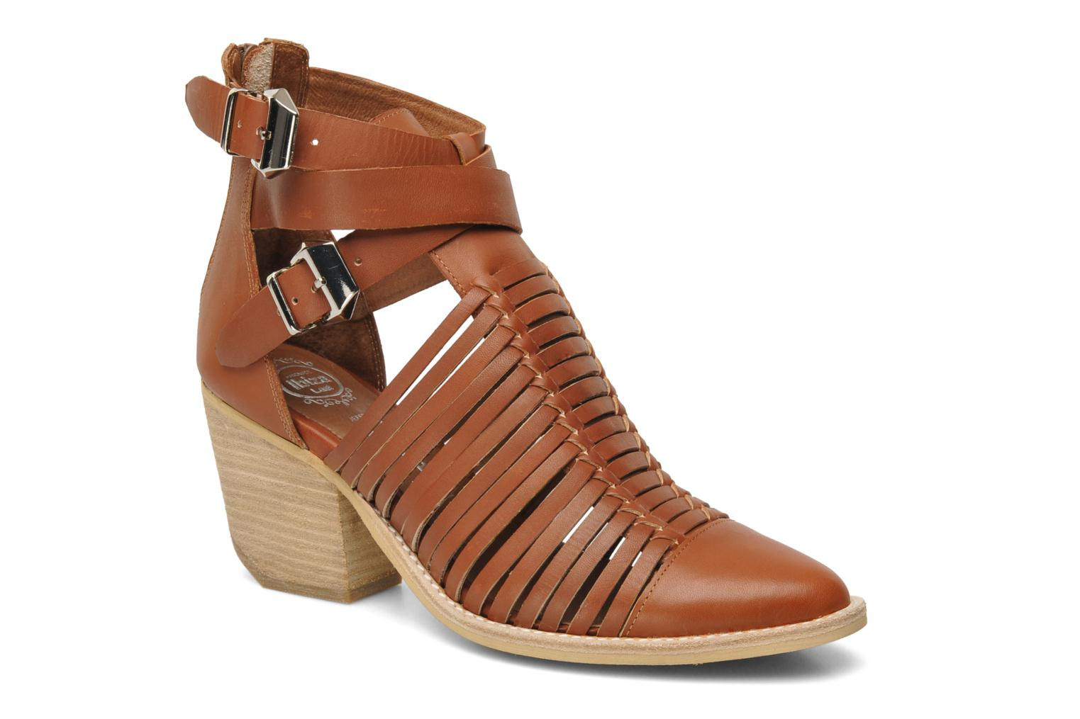 Ankle boots Jeffrey Campbell Sewell Brown detailed view/ Pair view