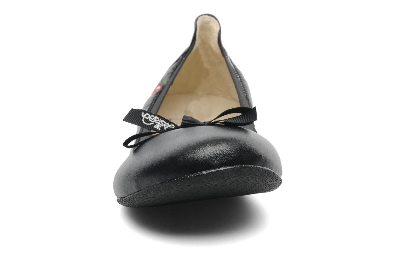 Ballerines Le temps des cerises Lilou Noir vue portées chaussures