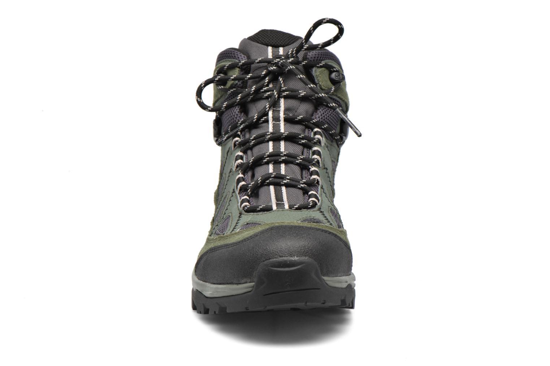 Zapatillas de deporte Salomon Authentic LTR GTX Verde vista del modelo