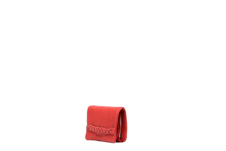 Petite Maroquinerie Nat & Nin Lilou Rouge vue portées chaussures