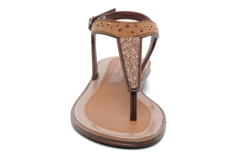 Sandales et nu-pieds Grendha Golden Fem Marron vue portées chaussures