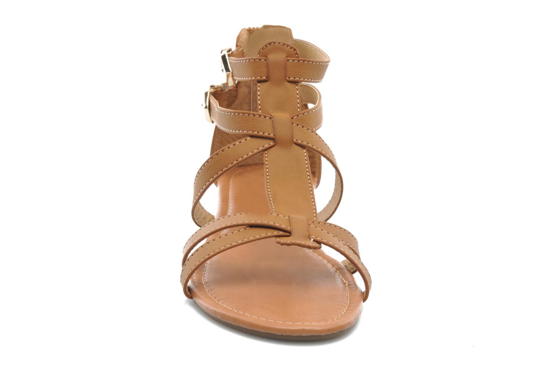 Sandalen Refresh Belle braun schuhe getragen