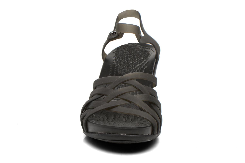 Sandalen Crocs Huarache Sandal Wedge schwarz schuhe getragen