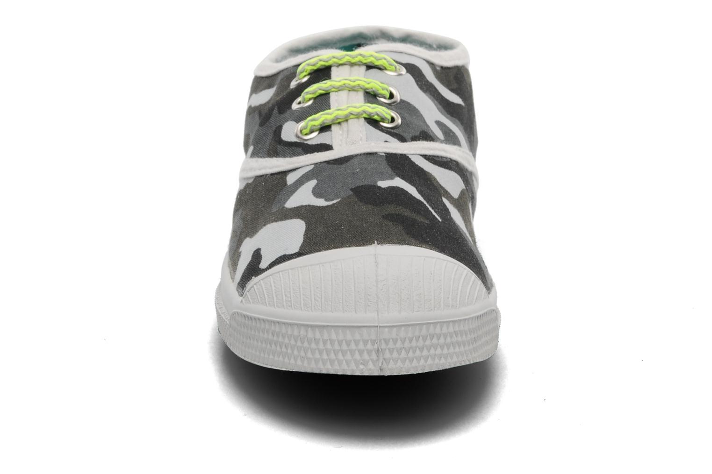 Baskets Bensimon Tennis Camofluo E Gris vue portées chaussures