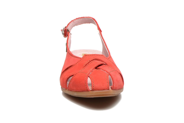 Sandales et nu-pieds El Naturalista Stella 031 Rouge vue portées chaussures