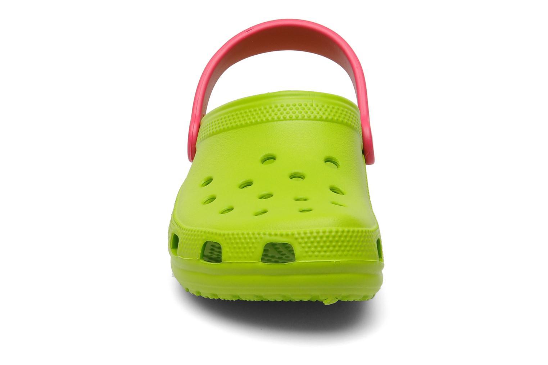 Sandales et nu-pieds Crocs Classic Kids Power Pack Vert vue portées chaussures