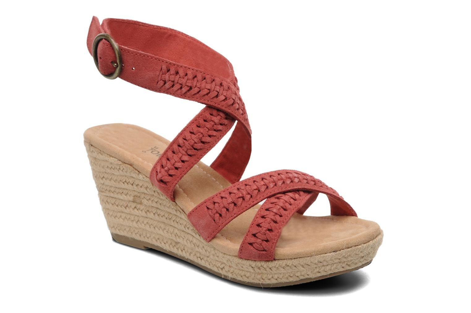Sandals Minnetonka Haley Red detailed view/ Pair view