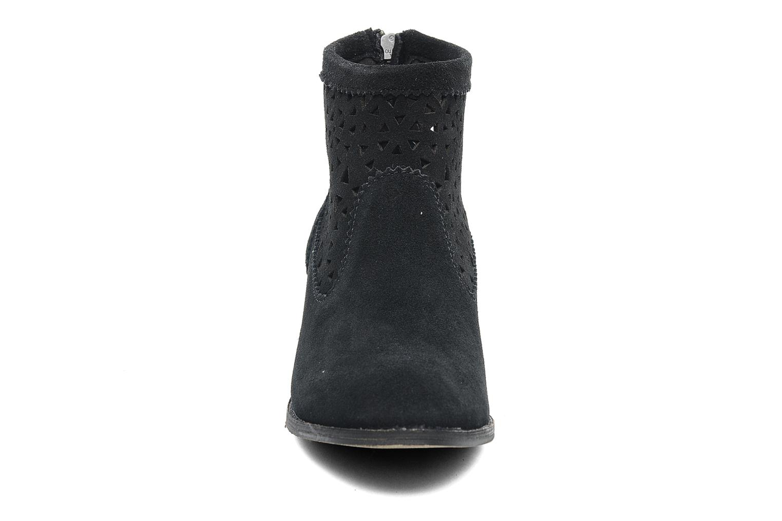 Ankle boots Minnetonka Cutout Boot Black model view
