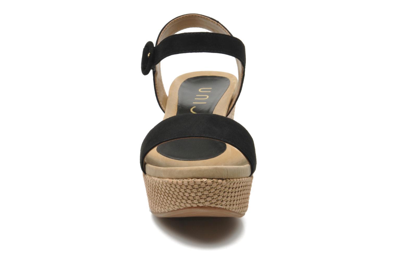 Sandalen Unisa Kito schwarz schuhe getragen