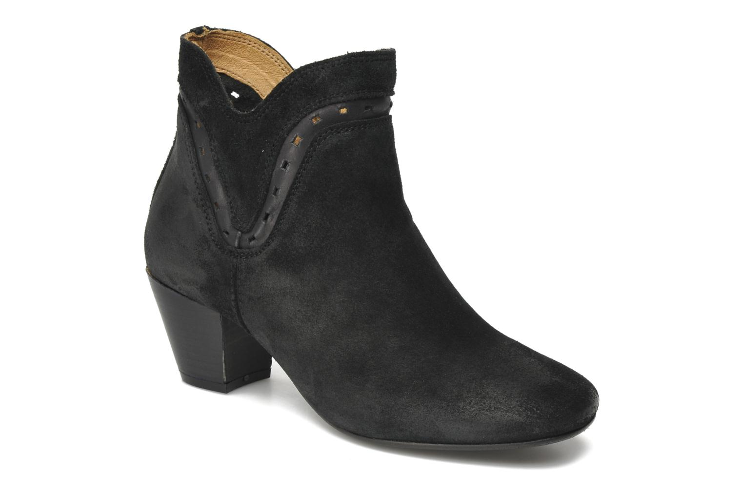 Ankle boots H by Hudson Rodin Black detailed view/ Pair view