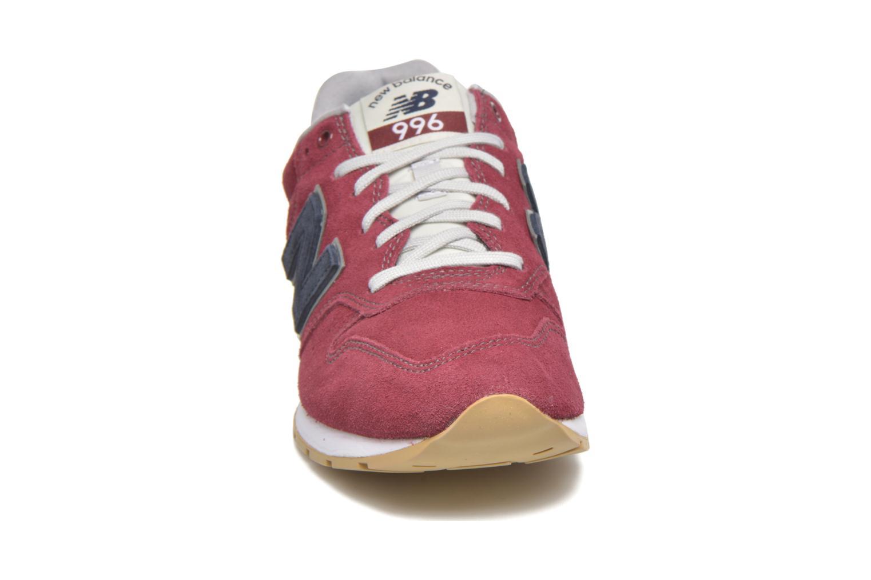 Baskets New Balance MRL996 Bordeaux vue portées chaussures