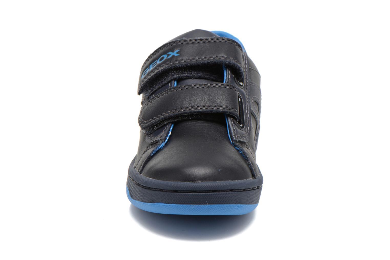 Baskets Geox J Maltin B. A Bleu vue portées chaussures