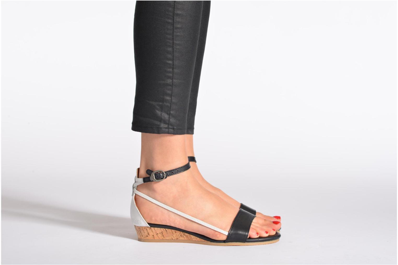Sandalen Kickers Cocola Bruin onder