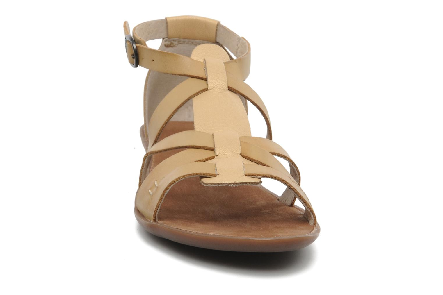 Sandalen Kickers Zen Geel model