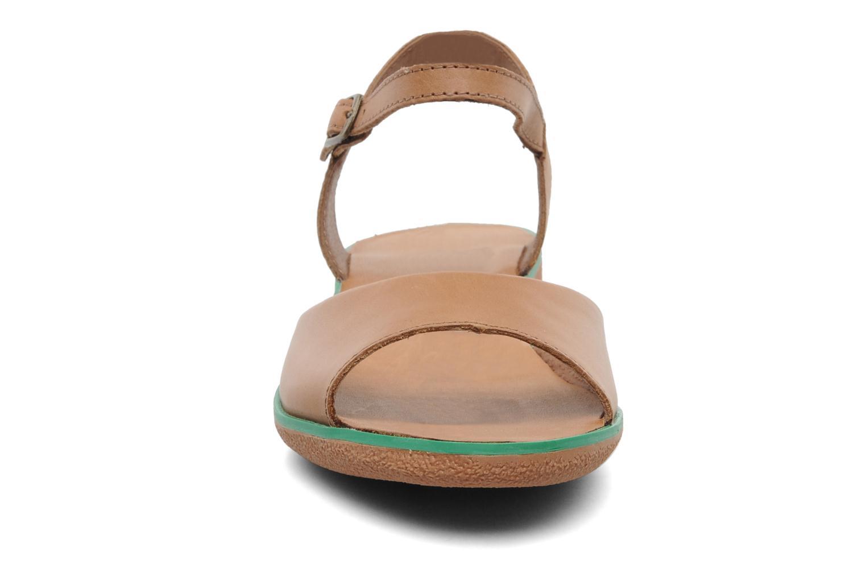 Sandales et nu-pieds Kickers Hypsy Marron vue portées chaussures