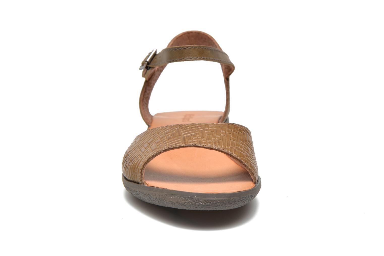 Sandalen Kickers Hypsy grün schuhe getragen
