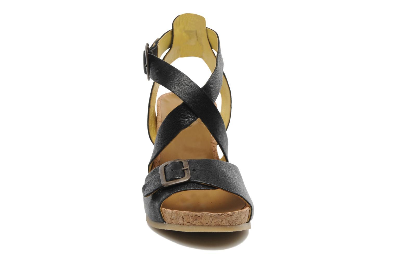 Sandalen Kickers Hava schwarz schuhe getragen