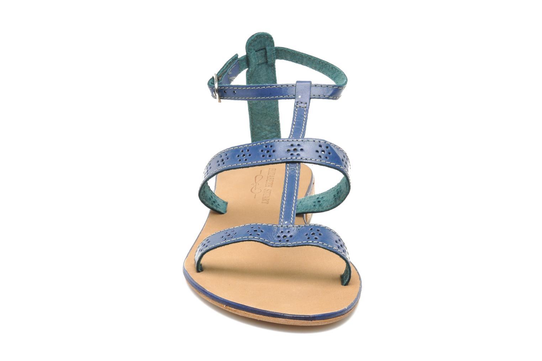 Sandales et nu-pieds Elizabeth Stuart Lisa 832 Bleu vue portées chaussures