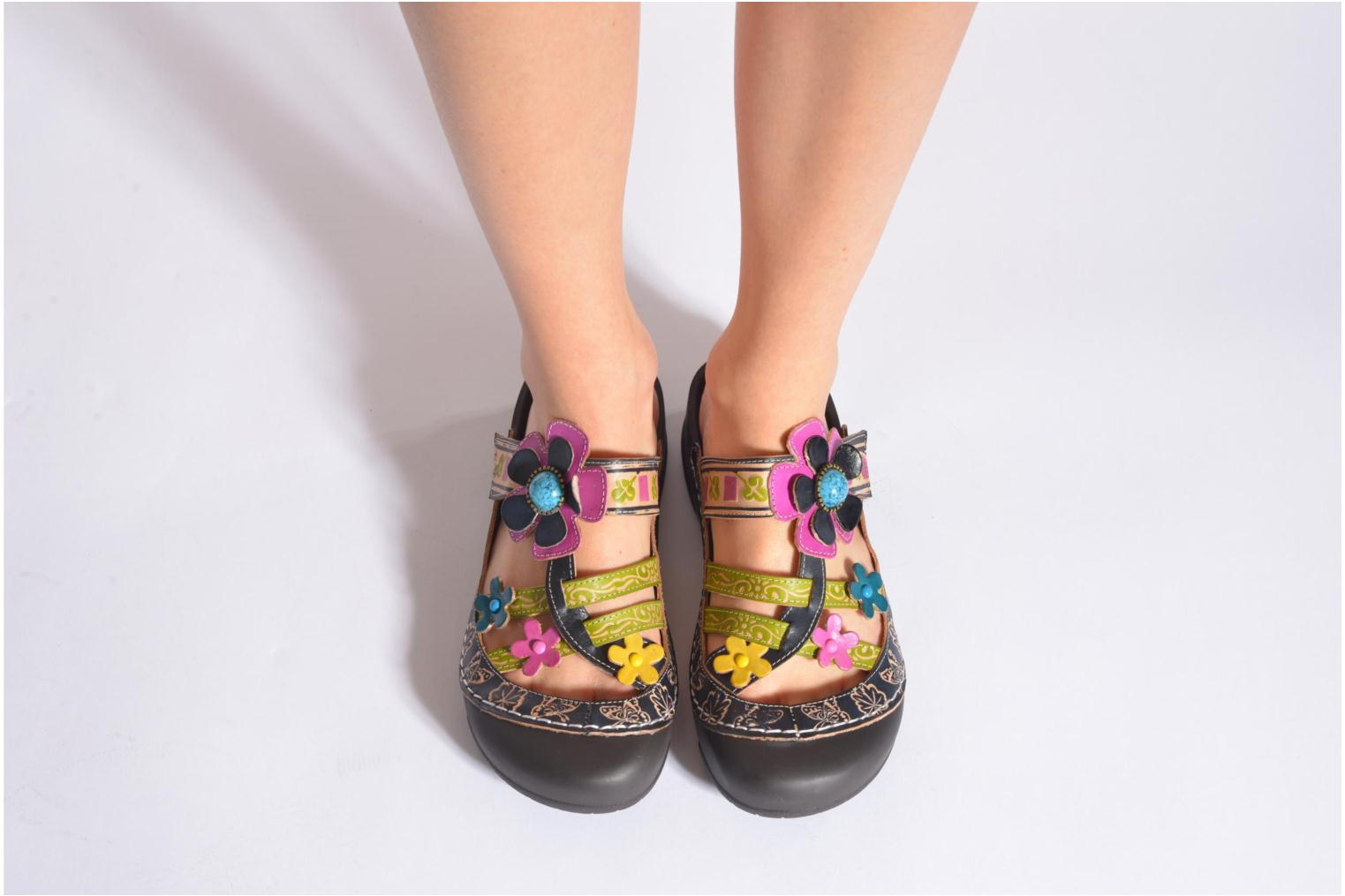 Mules & clogs Laura Vita Phenix Blue view from underneath / model view