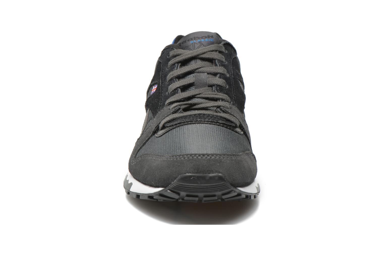 Baskets Reebok Gl 6000 Athletic Noir vue portées chaussures