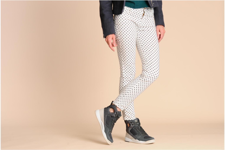 Sneaker Reebok A.Keys Court mehrfarbig ansicht von unten / tasche getragen