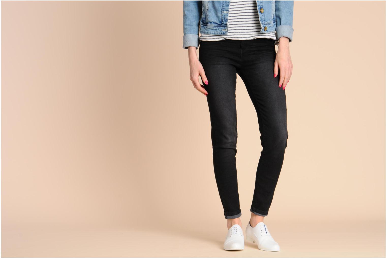Chaussures à lacets Swear Jimmy 1 W Blanc vue bas / vue portée sac