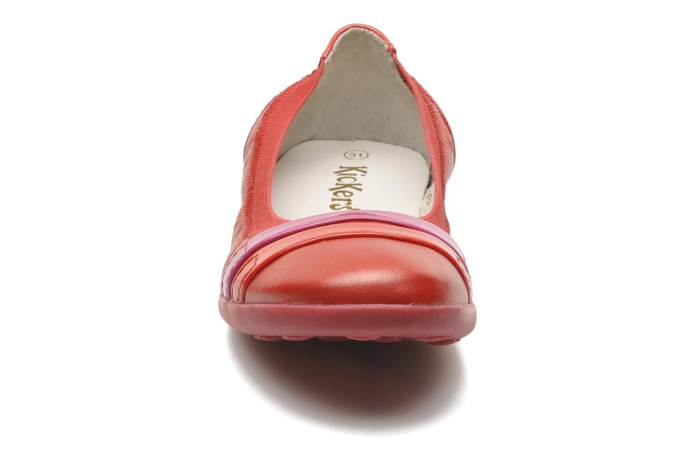 Ballerinas Kickers Amberi rot schuhe getragen
