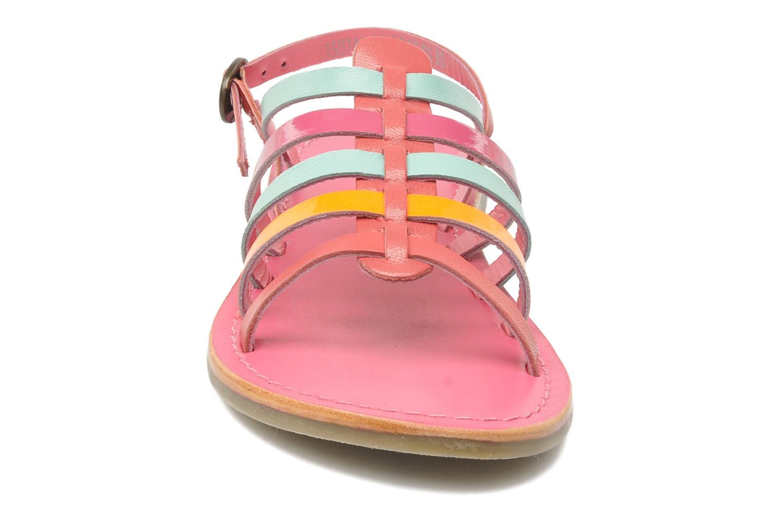 Sandalen Kickers Dixmillion rosa schuhe getragen