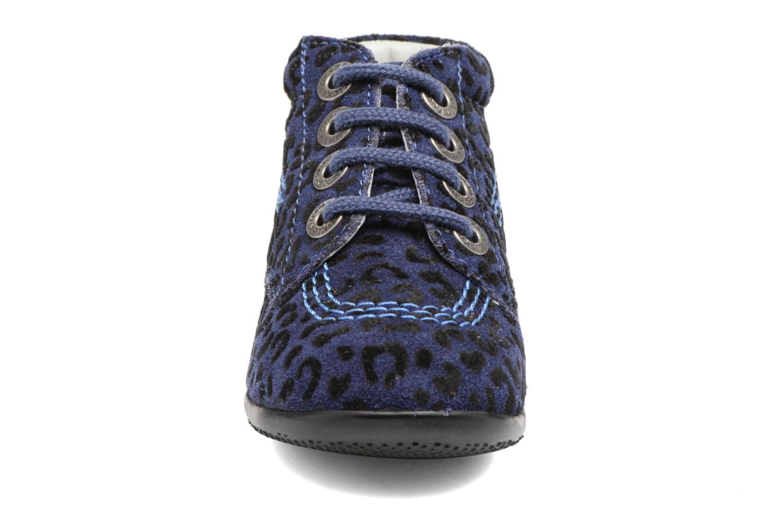 Stivaletti e tronchetti Kickers Billista Azzurro modello indossato