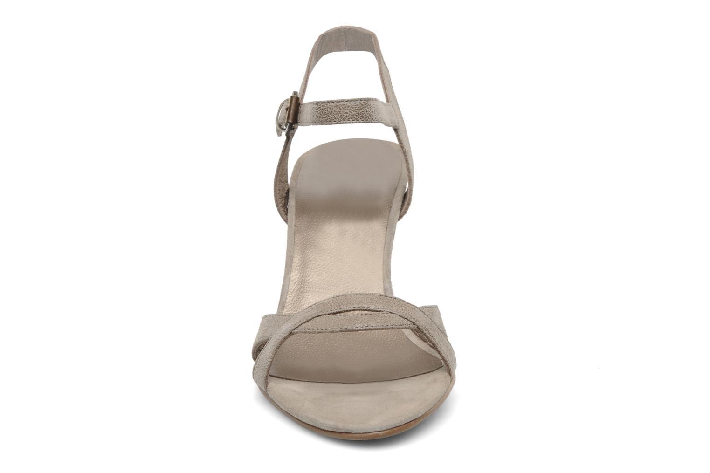 Sandales et nu-pieds Jonak Nigaf Beige vue portées chaussures
