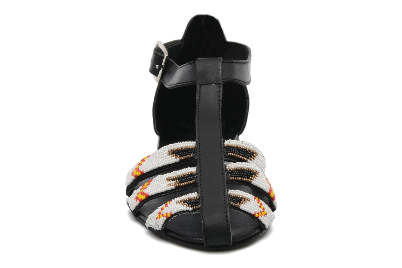 Sandalen Jonak Siddhi schwarz schuhe getragen