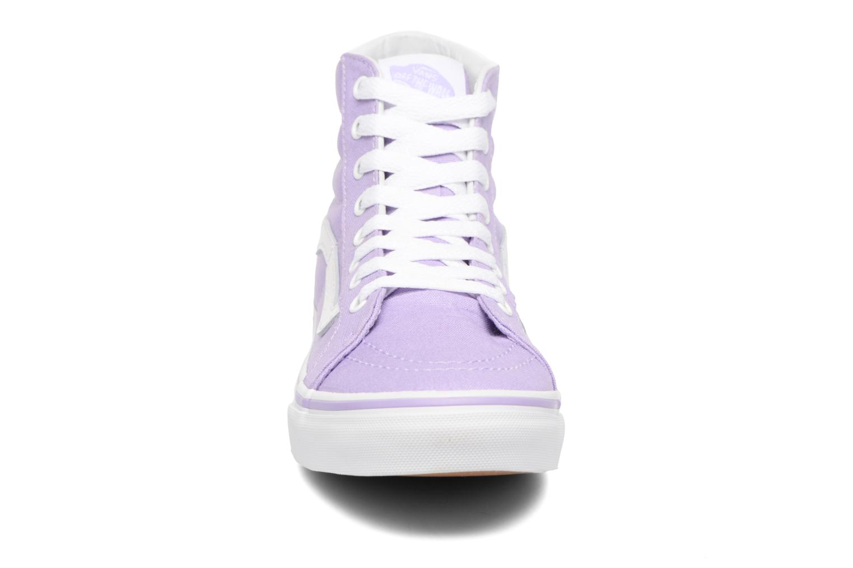 Sneakers Vans Sk8-Hi Slim W Viola modello indossato