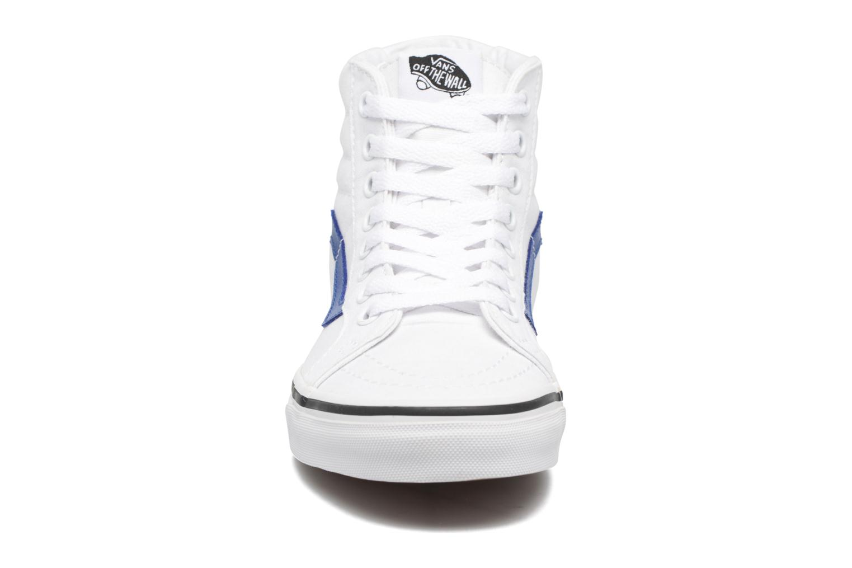 Baskets Vans Sk8-Hi Reissue W Blanc vue portées chaussures