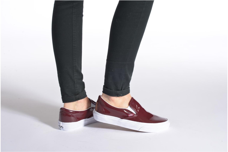 Sneaker Vans Classic Slip-On W orange ansicht von unten / tasche getragen
