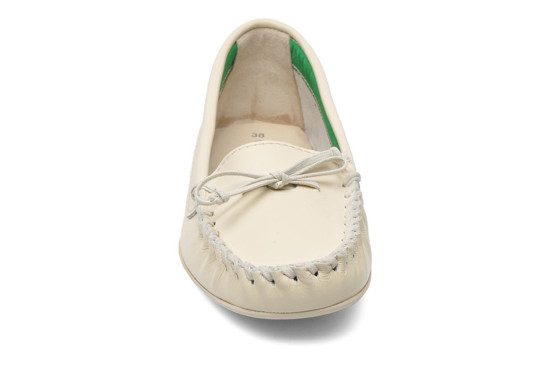 Mocassins Georgia Rose Palapoca Beige vue portées chaussures