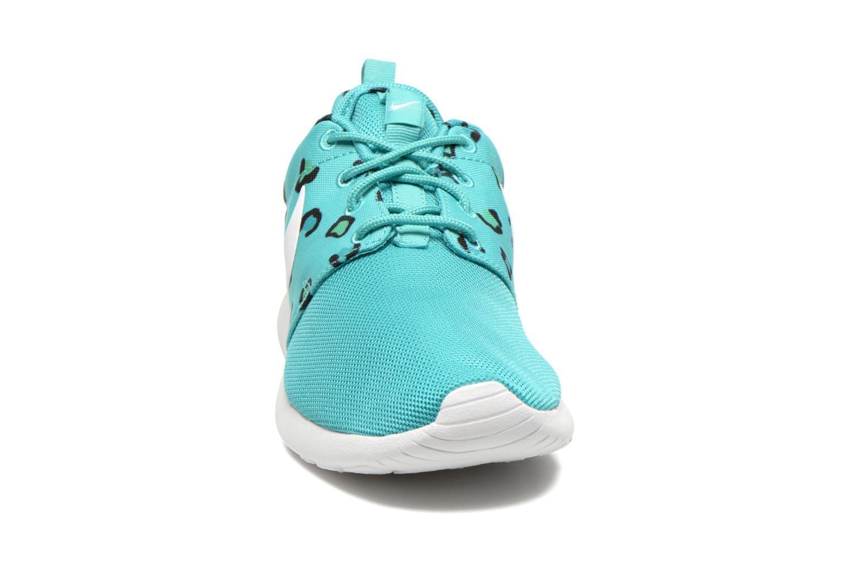 Baskets Nike Wmns Nike Rosherun Print Vert vue portées chaussures