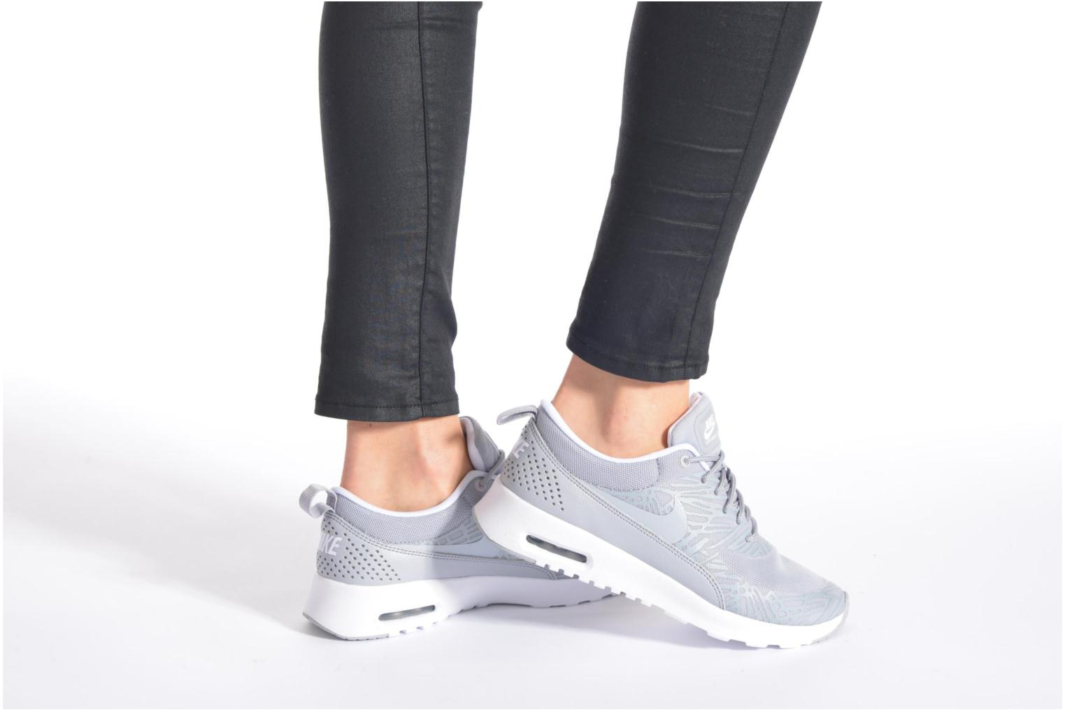 Trainers Nike Wmns Nike Air Max Thea Print Grey view from underneath / model view