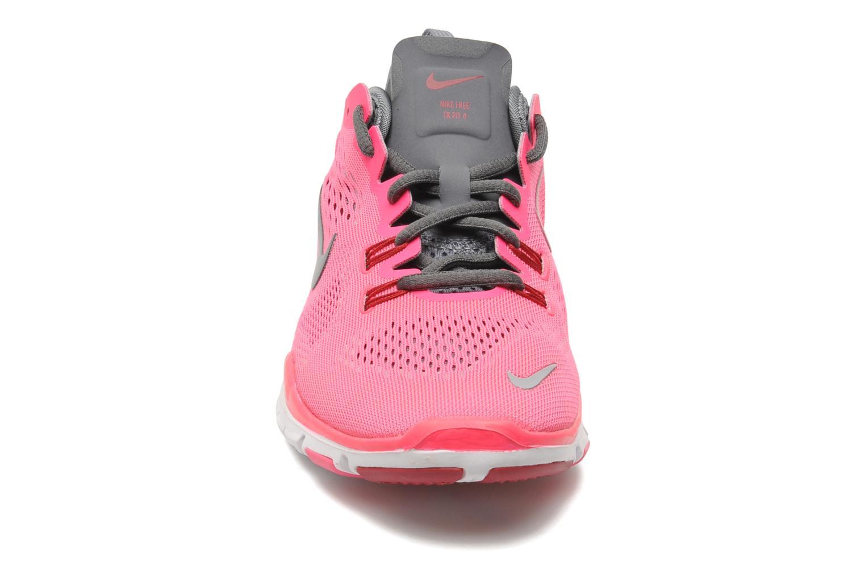 Chaussures de sport Nike Wmns Nike Free 5.0 Tr Fit 4 Rose vue portées chaussures