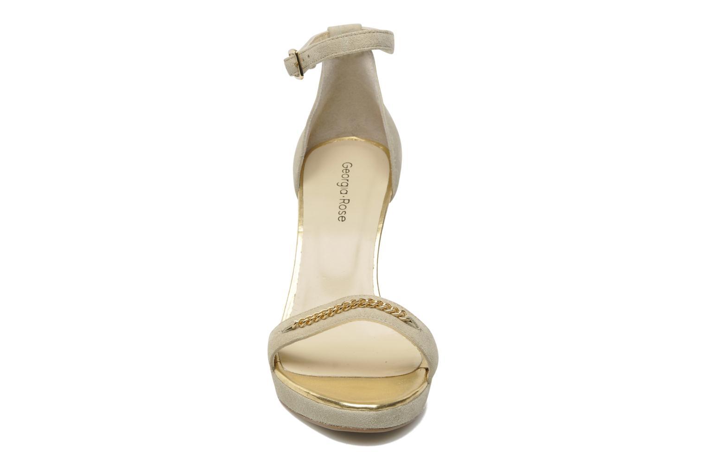 Sandalen Georgia Rose Tatilie beige schuhe getragen