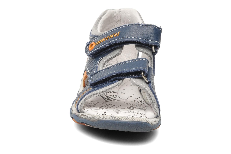 Sandales et nu-pieds Bopy BOMBO Bleu vue portées chaussures