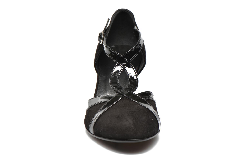 Zapatos de tacón Georgia Rose Titine Negro vista del modelo