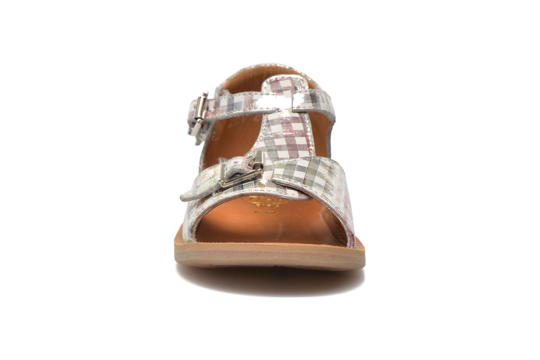 Sandalen Pom d Api POPPY BUCKLE silber schuhe getragen