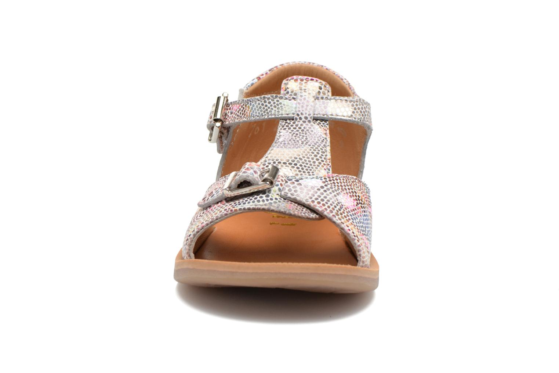 Sandali e scarpe aperte Pom d Api POPPY BUCKLE Multicolore modello indossato