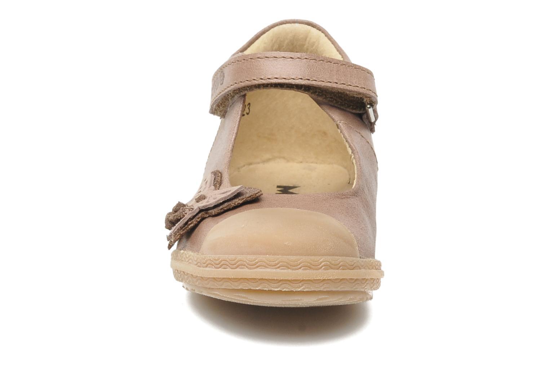 Ballerines Mod8 KALALA Marron vue portées chaussures